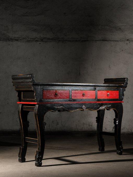 Консольный стол Цяотоуань династии Мин