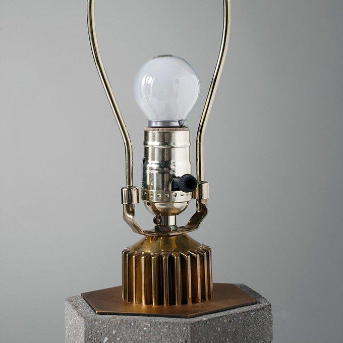 Настольная лампа Санлис с белым плафоном