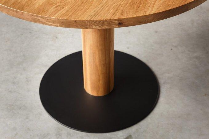 Дизайнерский обеденный стол из массива кавказского дуба
