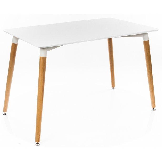 Обеденный стол с ножками из массива бука