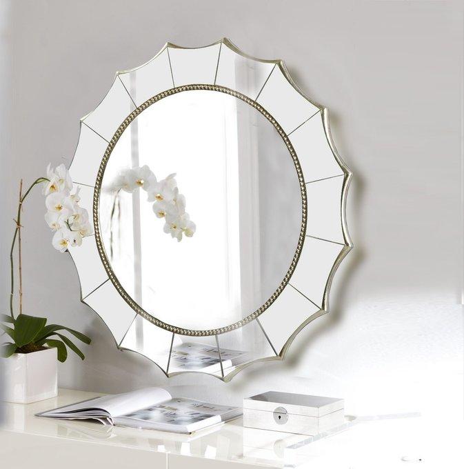 Настенное зеркало в раме Falcon