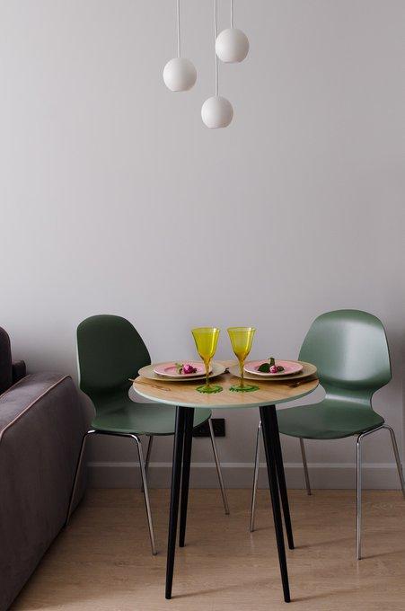 Обеденный стол Спутник на ножках из массива бука