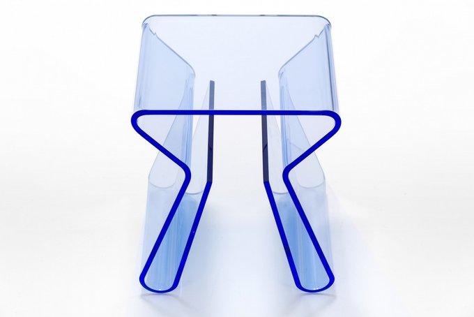 Кофейный столик Magino красный из прочного акрилового пластика