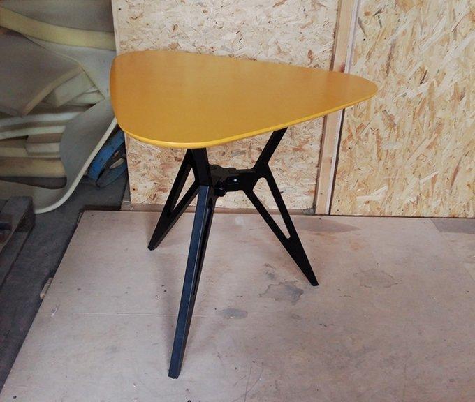 Обеденный стол VOCA Rocket