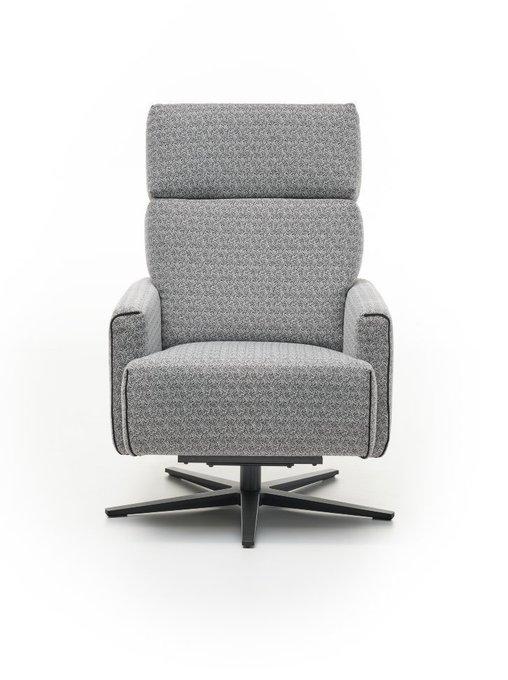 Классическое кресло Cubi King серого цвета