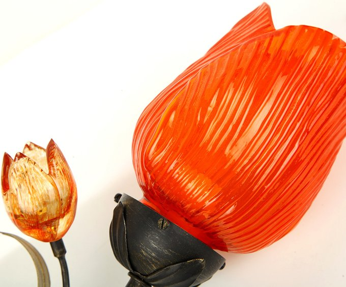 Бра MM Lampadari с плафоном из муранского стекла красного цвета