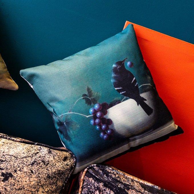 Интерьерная подушка Мисс Виноградовка бирюзового цвета
