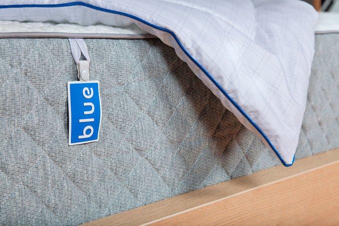 Одеяло Duvet белого цвета 200х220