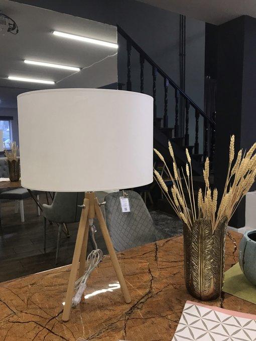 Настольная лампа Calvin бежевого цвета