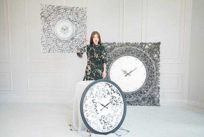 Настенные часы REFINED white-black
