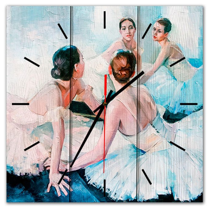 Настенные часы Юные балерины из массива сосны 50х50