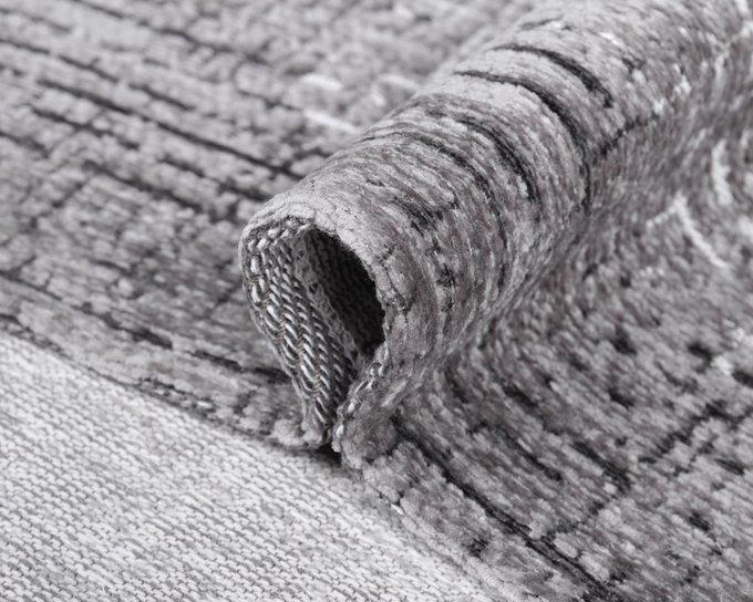 Ковер Cleo Rock серого цвета 135х200