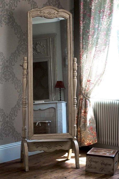 Зеркало напольное Поместье бежевого цвета