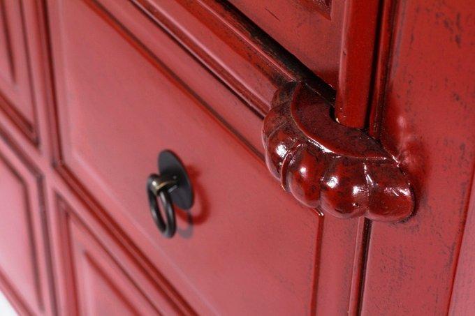 Шкаф с ящиками и дверцами