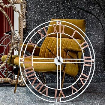 Часы Филадельфия / День на батарейках