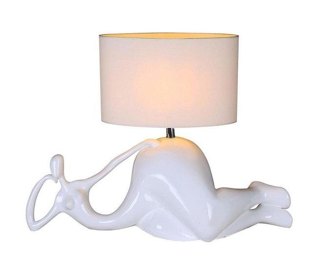 Настольная лампа Мадам белого цвета