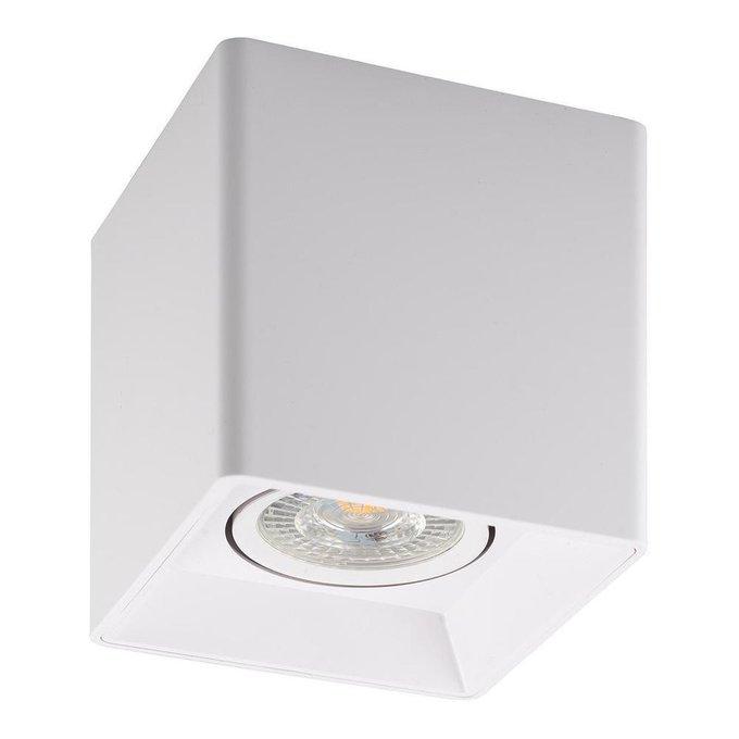 Потолочный светильник из пластика белого цвета