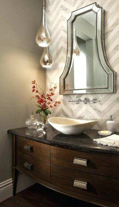 Настенное зеркало в раме Bellagio