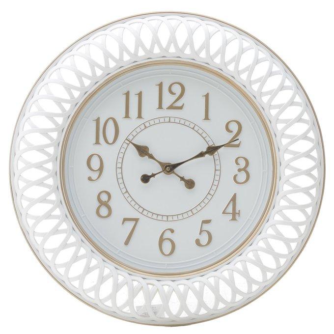 Настенные часы белого цвета