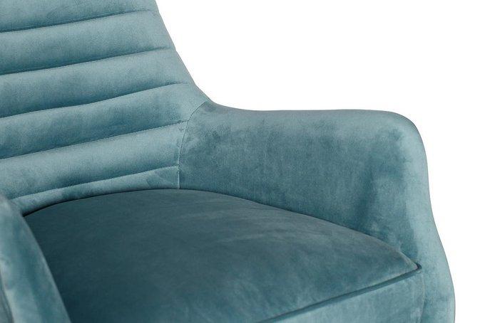Кресло-качалка в обивке из велюра бирюзового цвета