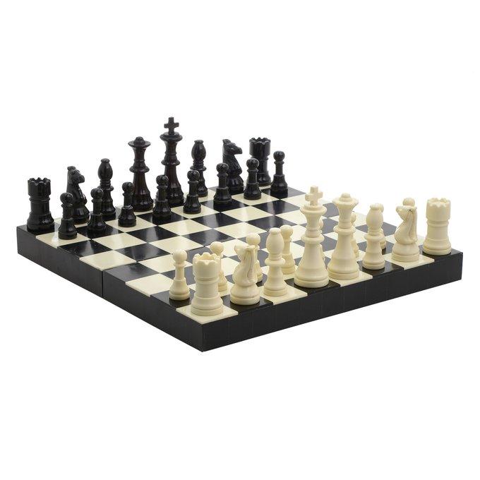 Декоративная игра Шахматы