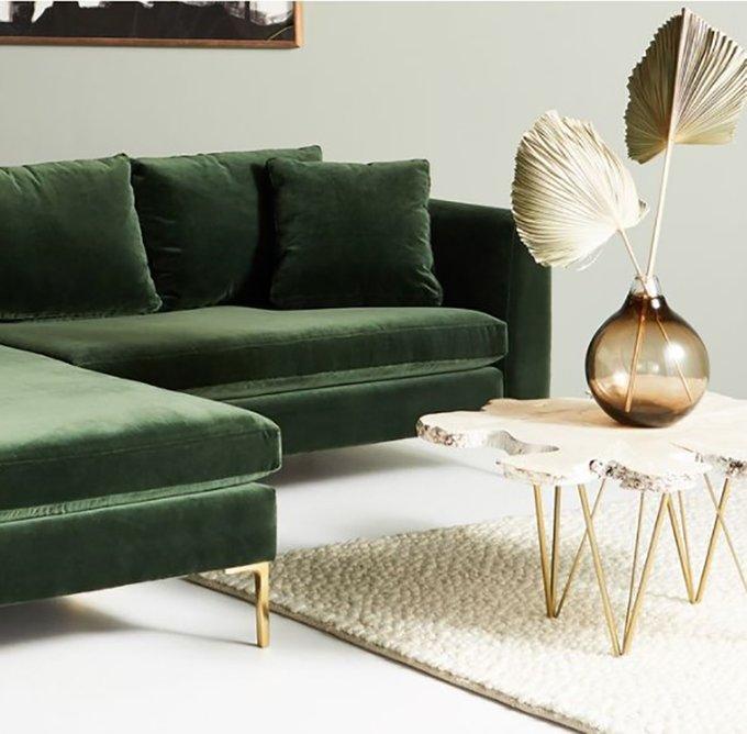 Диван Edlyn Petite Green зеленого цвета