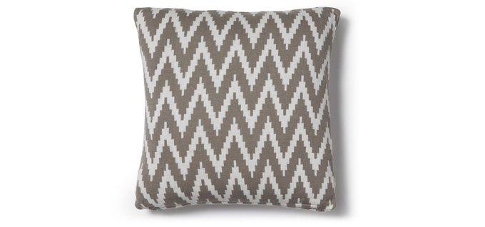 Вязанная подушка Moclam