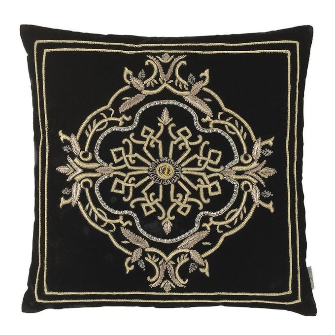 Подушка Loyrette с ручной вышивеой