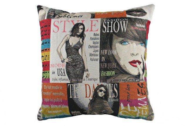 Подушка с принтом Fashion