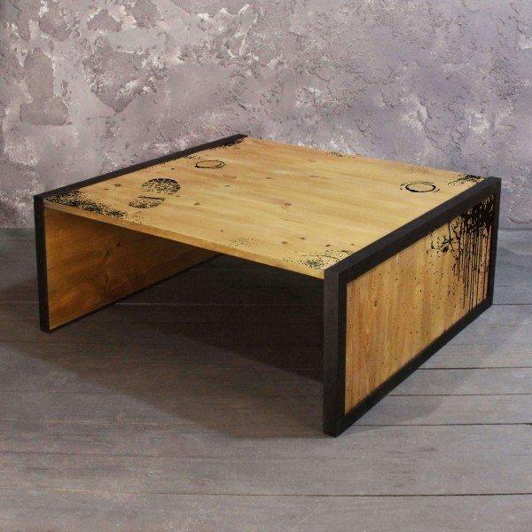 Журнальный стол True Loft из массива сосны и металла