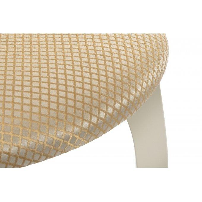 Обеденный стул Валери патина из массива молочного цвета