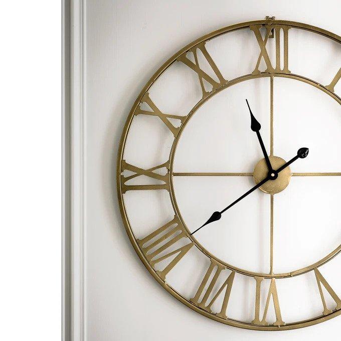 Часы металлические Zivos цвета латунь