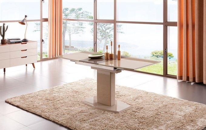 Обеденный раскладной стол цвета шампань