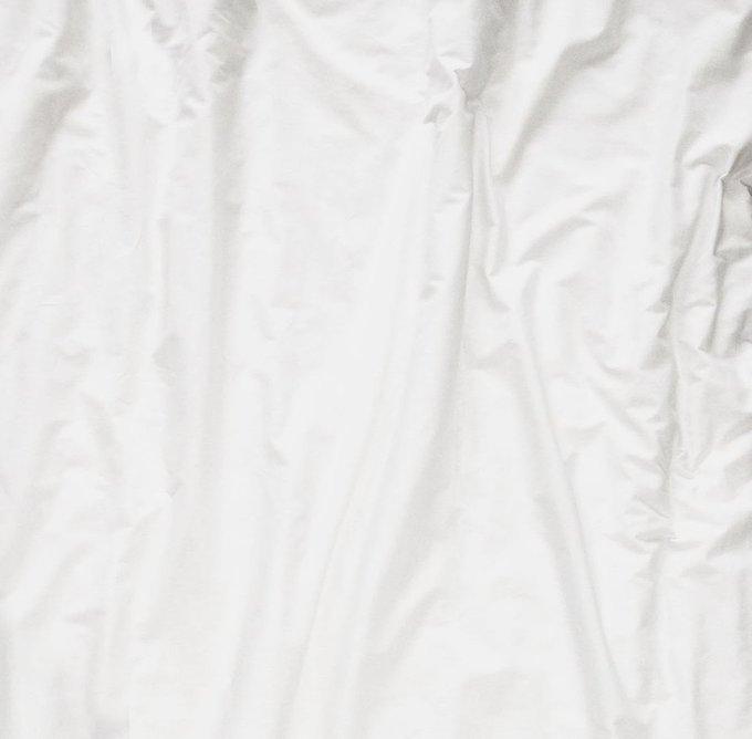 Простыня белая 220х240