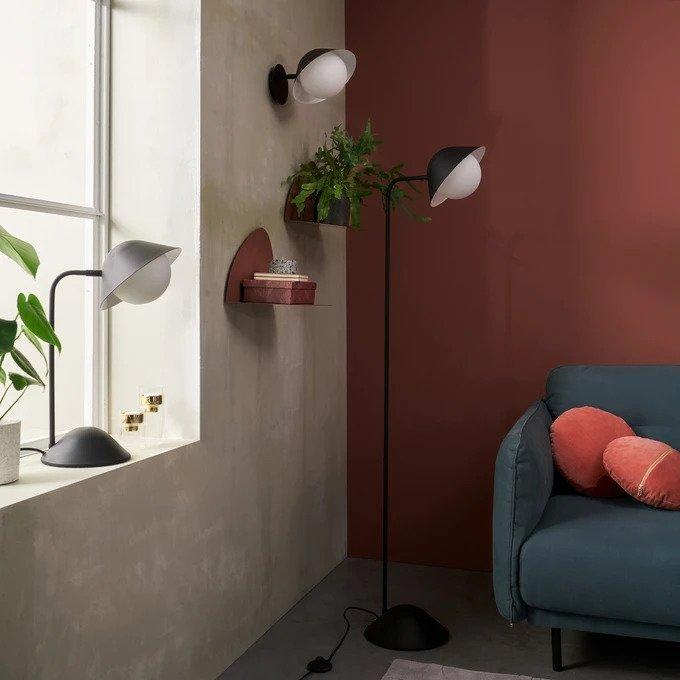 Настенный светильник Calimeo из металла и матового стекла
