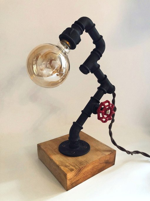 Настольный светильник в стиле лофт Sunlight