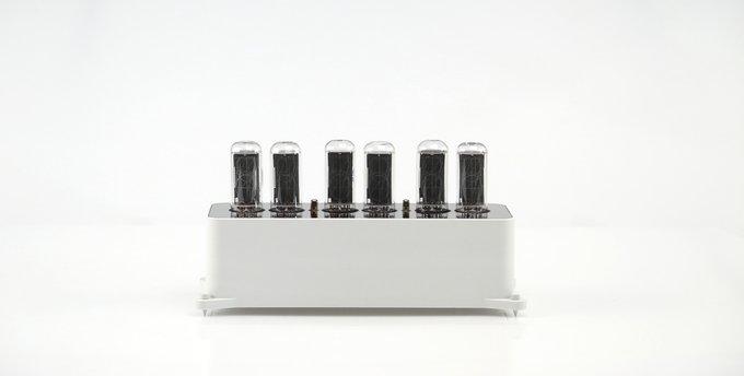 Ламповые часы VacuumGlow VENEZE Sensual White Graphite