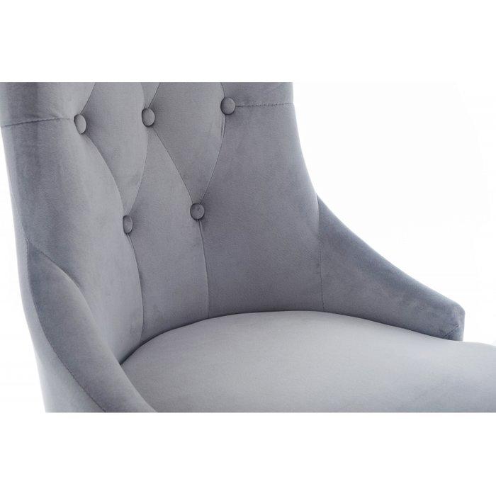 Стул Elegance с ножками из массива гевеи и обивкой из серого велюра