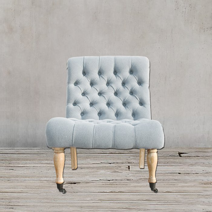 Кресло серого цвета