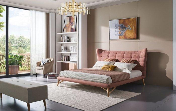 Кровать Venezia 200x200 кораллового цвета