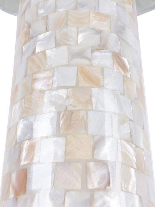 Настольная лампа Lester с бежевым абажуром