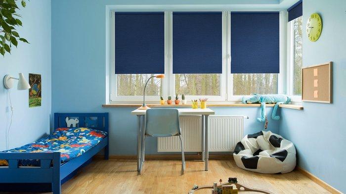 Рулонная штора Миниролл Блэкаут Сатин темно-синего цвета 80x160
