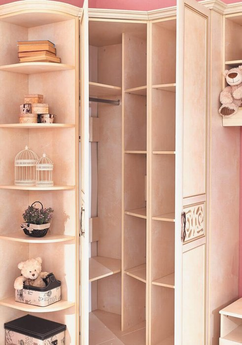 Шкаф угловой Александрия бежевого цвета