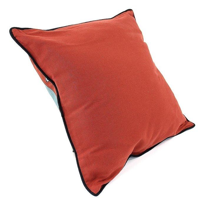 Чехол для подушки Цветение с декоративной окантовкой
