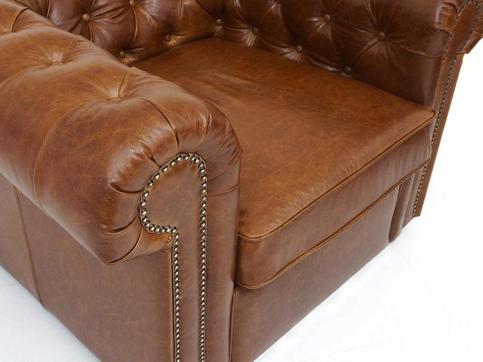 Кресло Chesterfield коричневого цвета