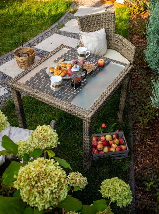 Стол садовый Panama цвета табак