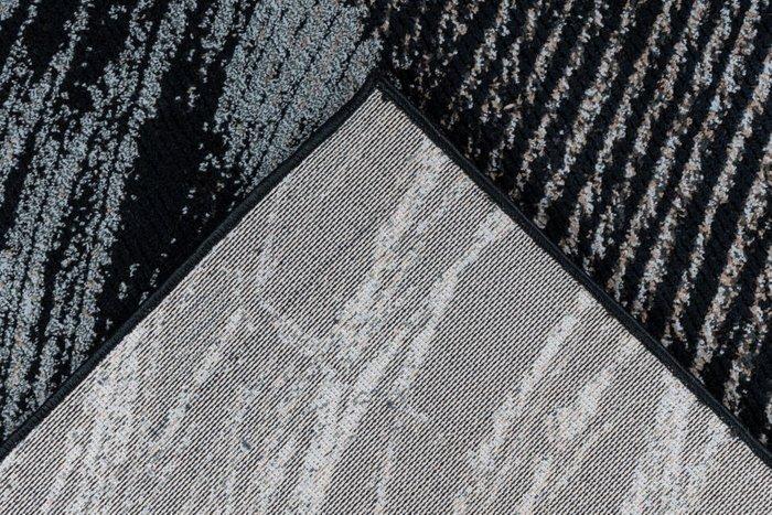 Рельефный ковер Greta Peacock темно-серого цвета 160х230