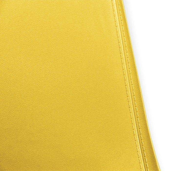 Стул Cecil желтого цвета