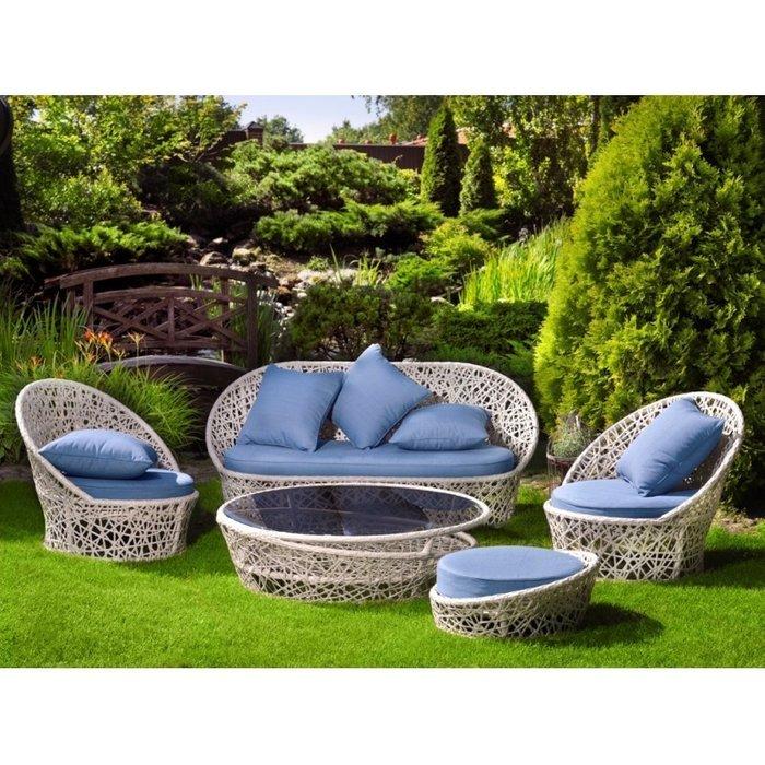 Оттоманка Лаурель с голубыми подушками