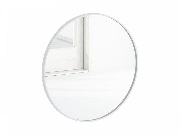 Настенное зеркало Focus 80х80 в раме белого цвета